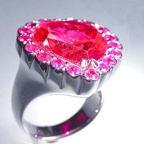 大粒ルベライトの指輪