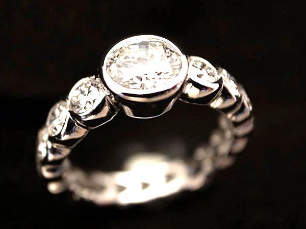 結婚・婚約指輪 Marriage and engagement ring