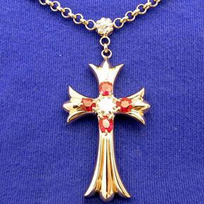 十字架のペンダント